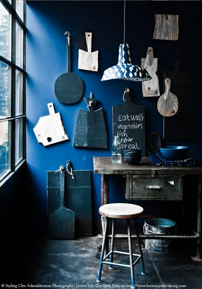 Today I love...this inspiring black & indigo styling. Read on www.karinecandicekong.com