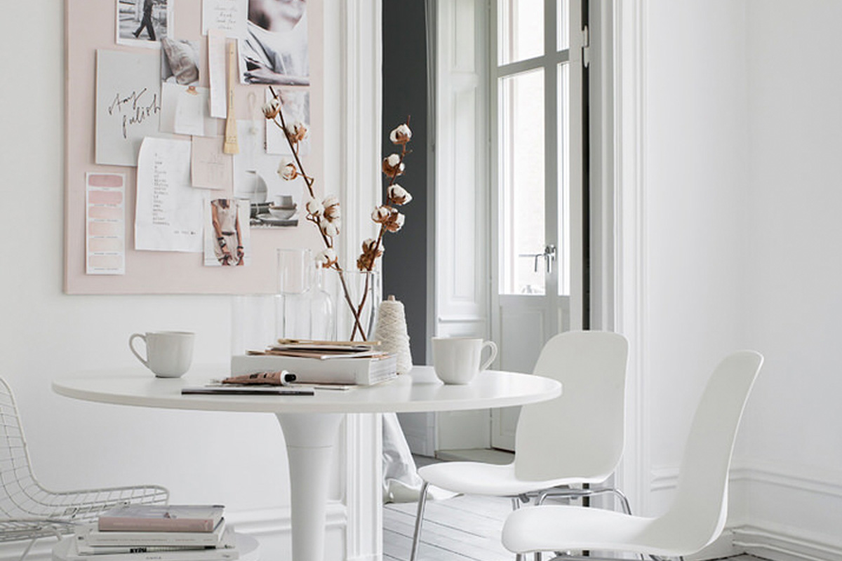 How To Create A Beautiful Romantic Dining Area