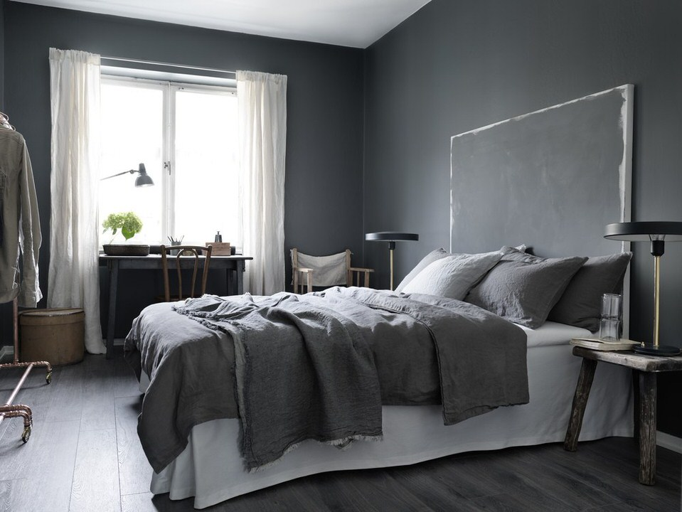 3 beautiful dark on dark bedrooms to inspire you - BO and FOU on brown bedroom, pearl white bedroom, bronze bedroom, olive bedroom, red bedroom, blue bedroom, cream bedroom, denim bedroom, dark gray and white bathroom, dark painted bedrooms, navy white bedroom, khaki bedroom, chic white bedroom, mint bedroom, grayish purple bedroom, yellow bedroom, dark blue walls with white trim, tan bedroom, taupe bedroom, dark gray walls,