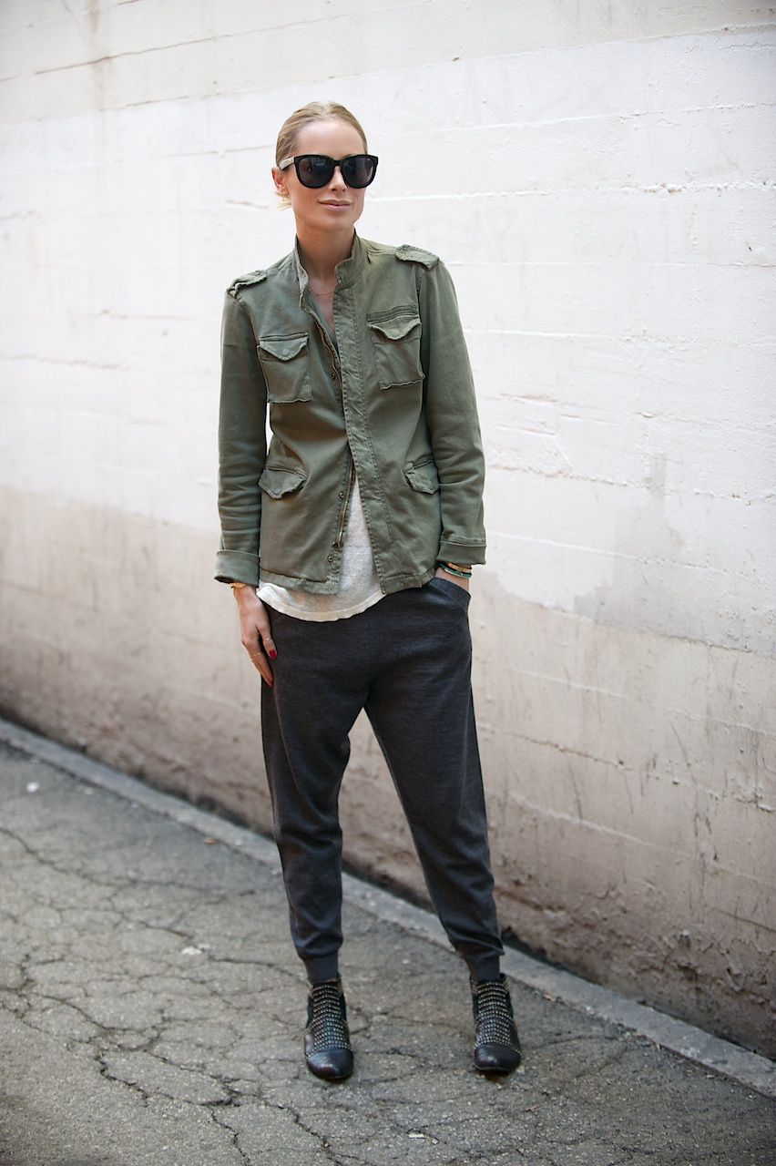 Look of the day: Army jacket every day | Image by Anna Maria Zunino Noellert - ANNAMARIAFOTOGRAF.com