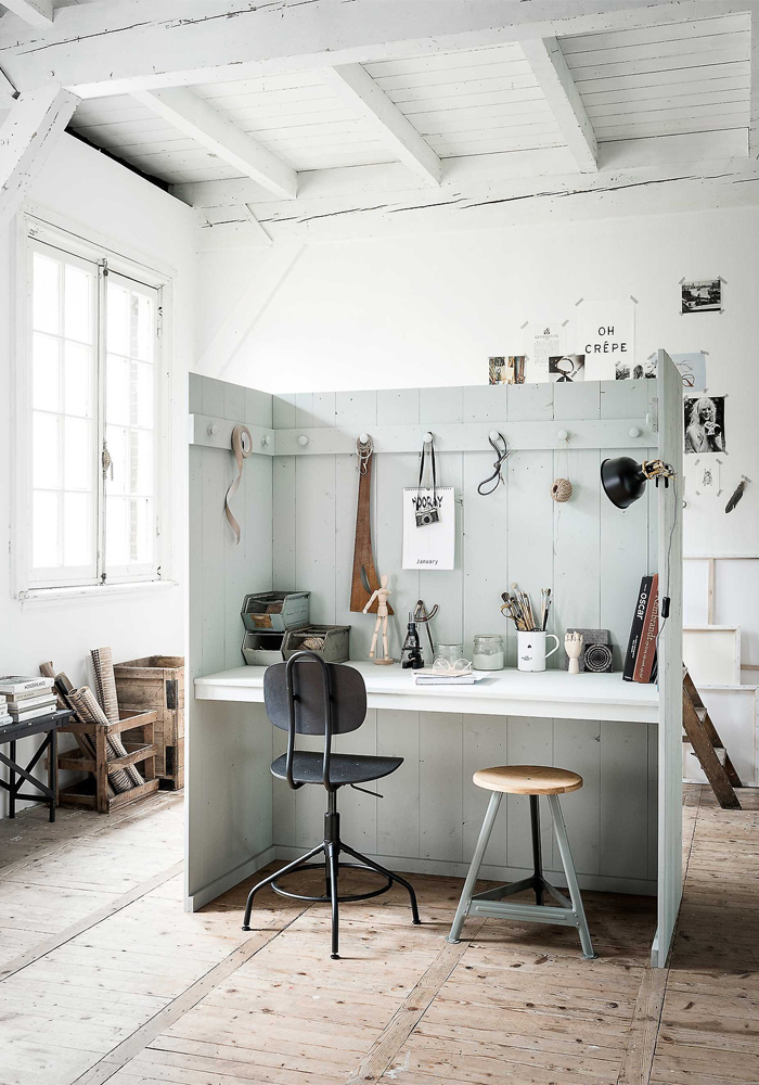 An inspiring creative space (DIY project)