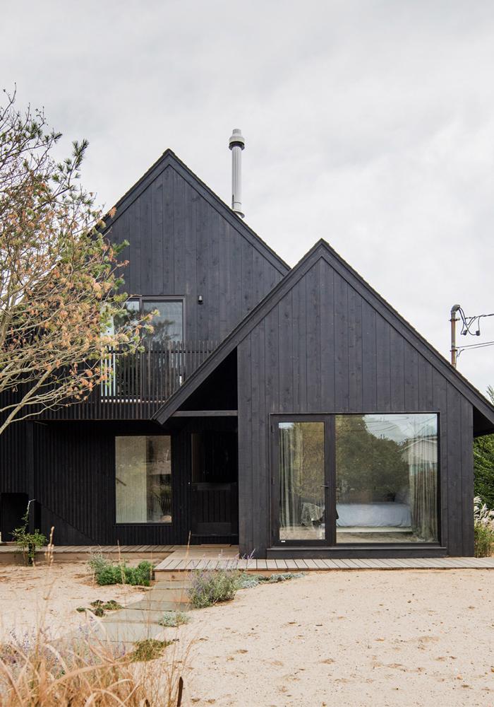 Black surf house in Montauk