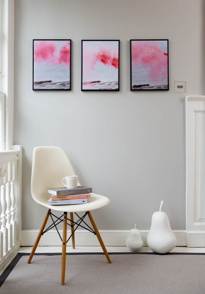 How to create a gallery wall without damaging your walls