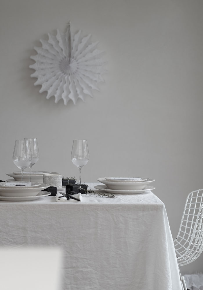 Christmas styling table with Portmeirion