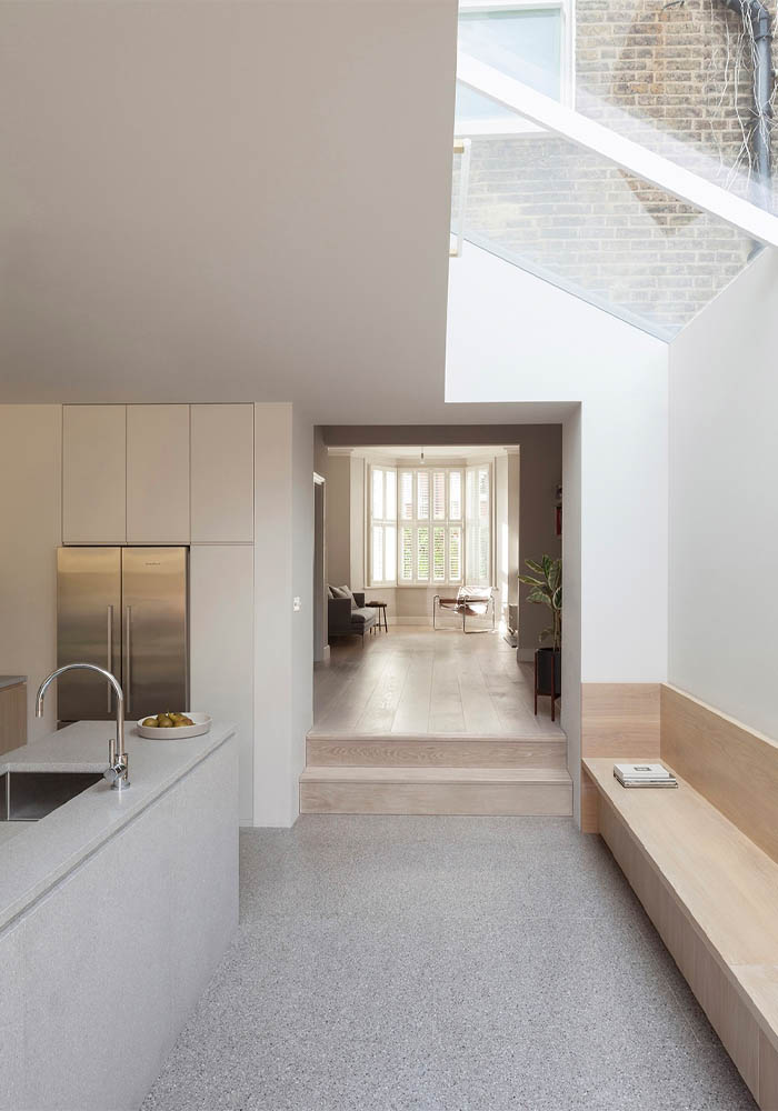 A minimal home in West London